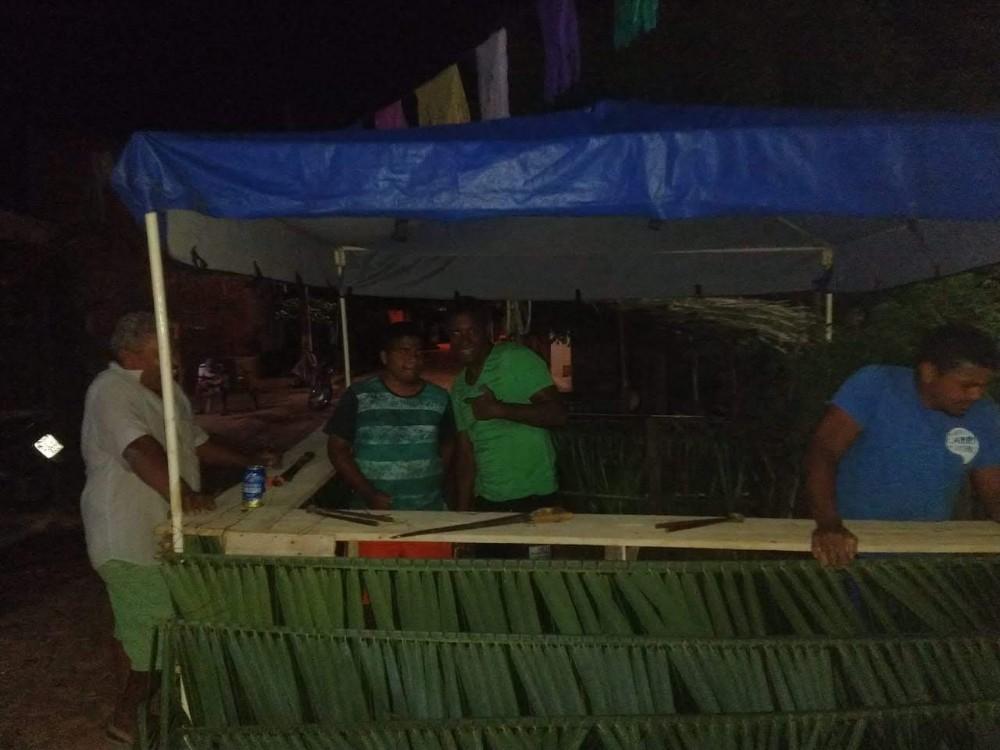 Fazendo barracas